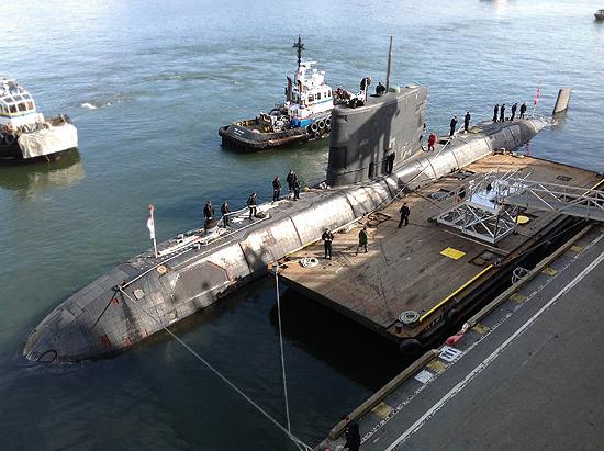 潛水艇HMCS維多利亞停靠加拿大廣場