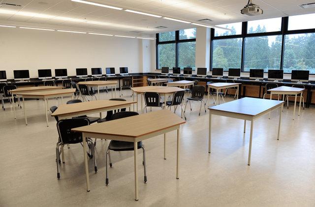 大溫中學畢業率 高貴林學區居冠