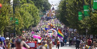 The 36th Annual Vancouver Pride Festival - 第36届温哥华同性恋自豪巡游