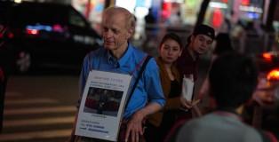 加拿大六旬老漢街頭找女友:願放棄一切來中國
