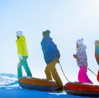 """[零基础的滑雪攻略]不会滑雪别怕 因为我们还可以""""滑""""雪"""